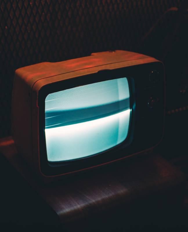 ARNAVUTKÖY  TAYAKADIN mahallesi  Televizyon Servisi